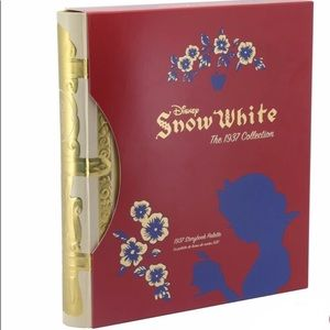 NIB Snow White x Besame Storybook Pallete